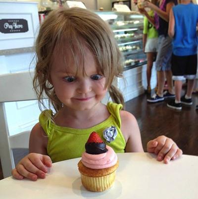 funny-little-girl-cupcake-me-gusta | GREAT SEA URCHIN CEVICHE